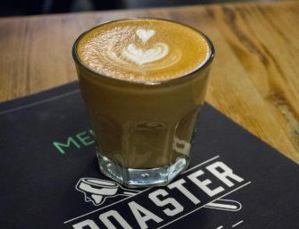 Экспрессо, капучино и флэт уайт в кофейне Roaster Coffee